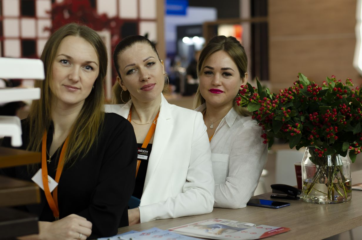 БРУСБОКС Виктория, Евгения, Ирина