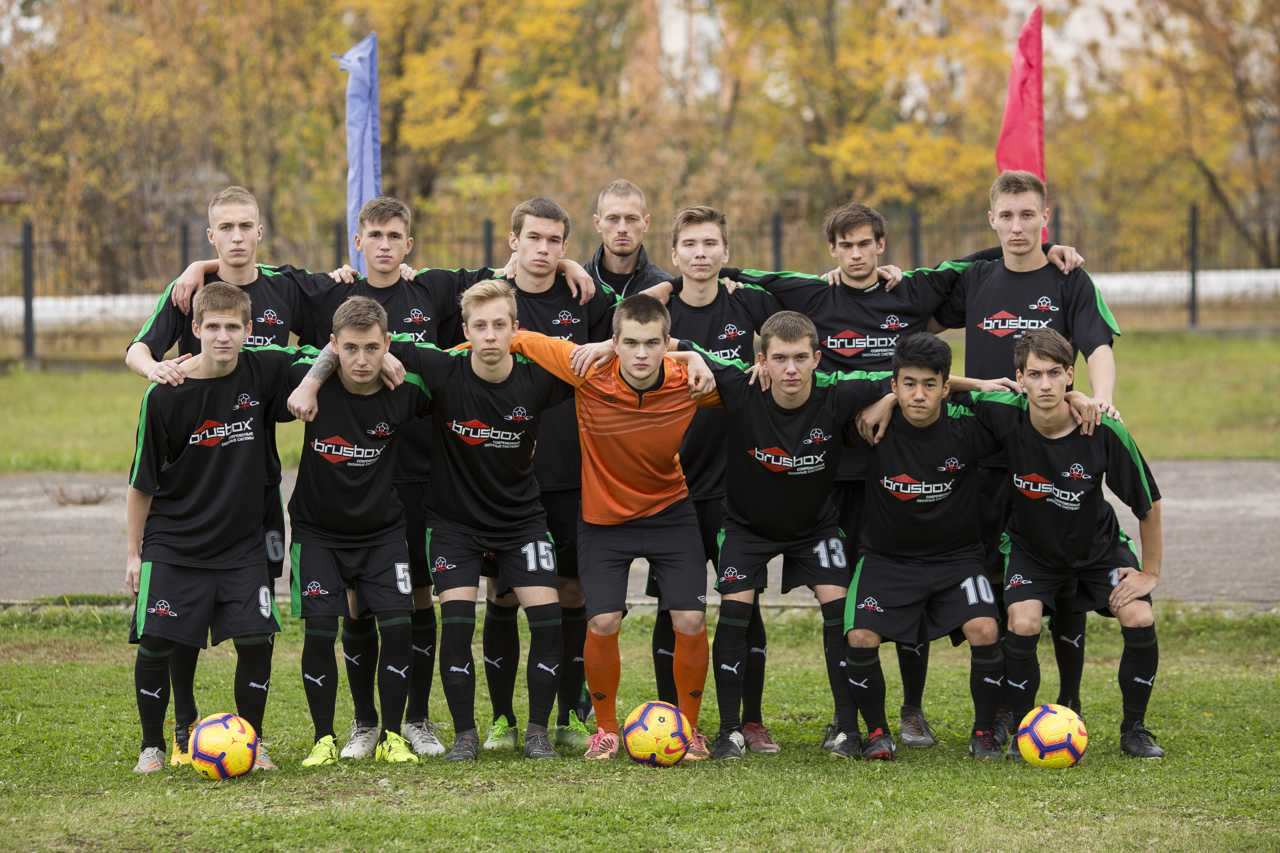 Состав Энгельской футбольной академии